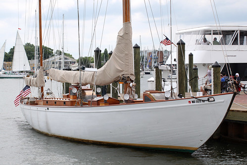 JFKs Yacht Manitou When I Saw This Yawl From A Distance