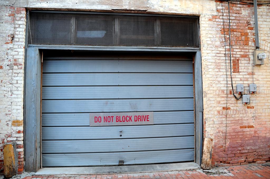 Loading Dock Garage Door Do Not Block Drive Blue Screen Br