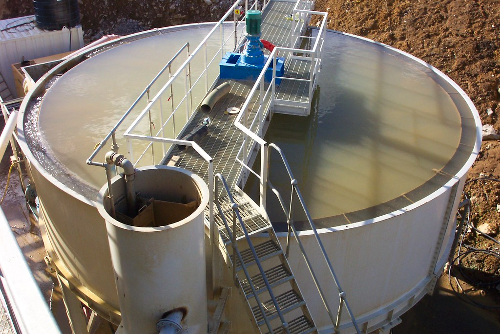 Cde Aquacycle A400 Thickener An 8m Thickener Tank From