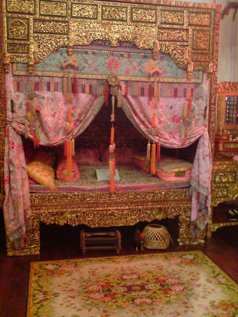 First generation Chinese wedding bed inside Peranakan Muse