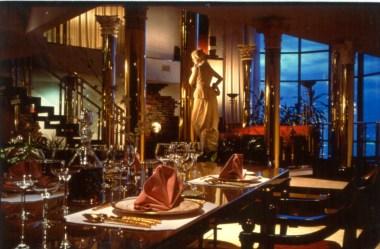 fantasy parlor suite