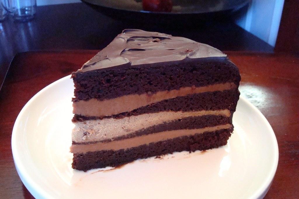 Cuban Opera Cake Dishingupdelights Blogspot Com 2009 09