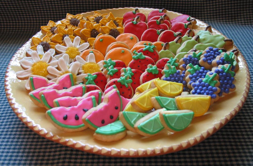 Mini Fruit Platter  These miniature bite sized cookies