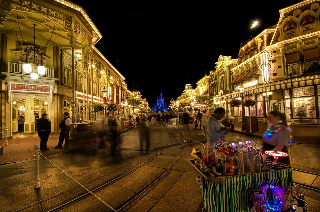 Free Fall Disney Wallpaper The Magic Of Disney S Main Street At Night Disney After