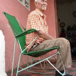 What Is A Rocking Chair Round Cuddle Elderly Man In - Pinar Del Rio Cuba | Flickr