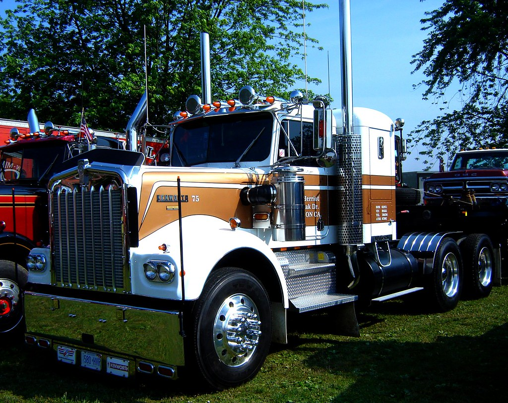 1975 Kenworth Macungie Antique Truck Show June 2011 To