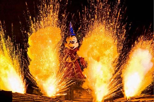 Disneyland Aug 2009  Fantasmic  Disneyland Park
