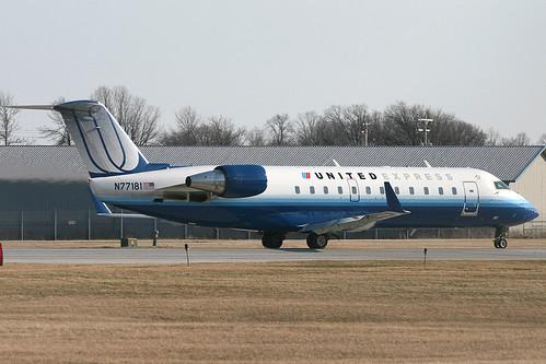 United Express Mesa Airlines CRJ200 N77181  Flight 7311   Flickr