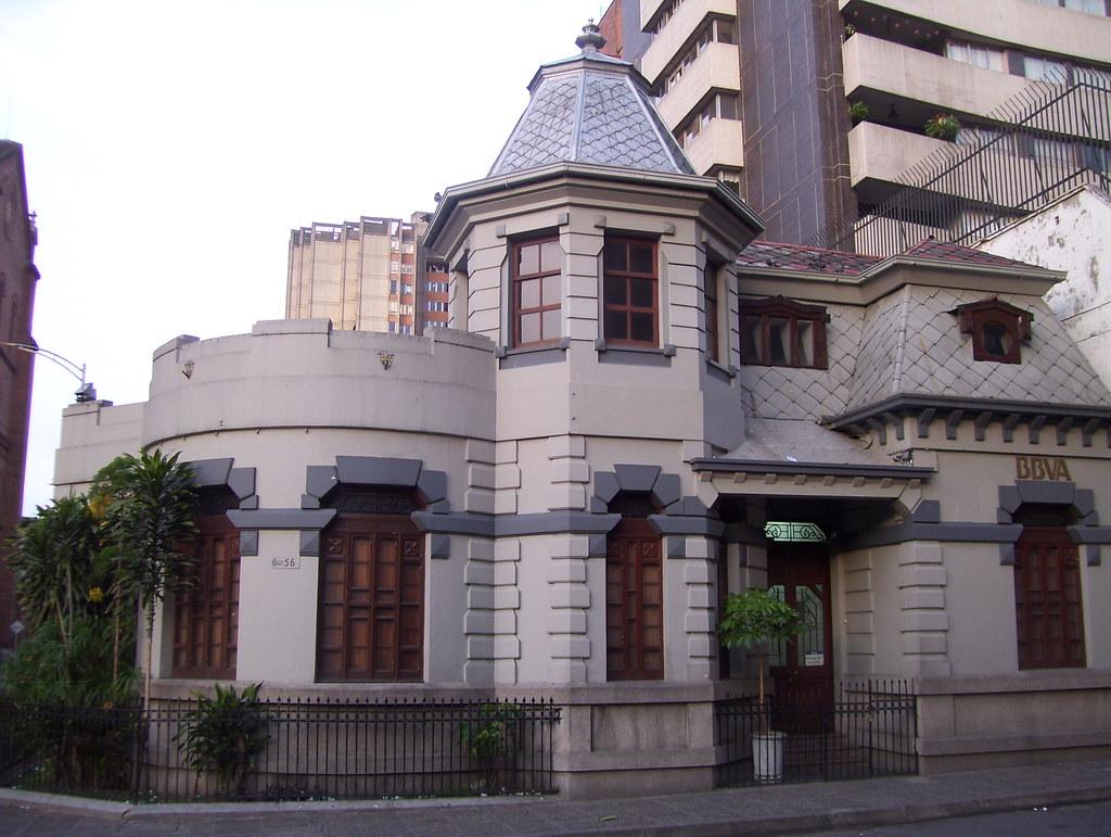 Casa Antigua en Prado Centro  Medellin  Frente a la cate  Flickr