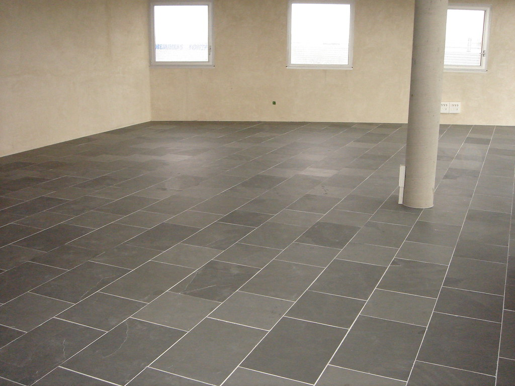 Grey Slate  Rectangular tiles  Mopex Pedras  Flickr