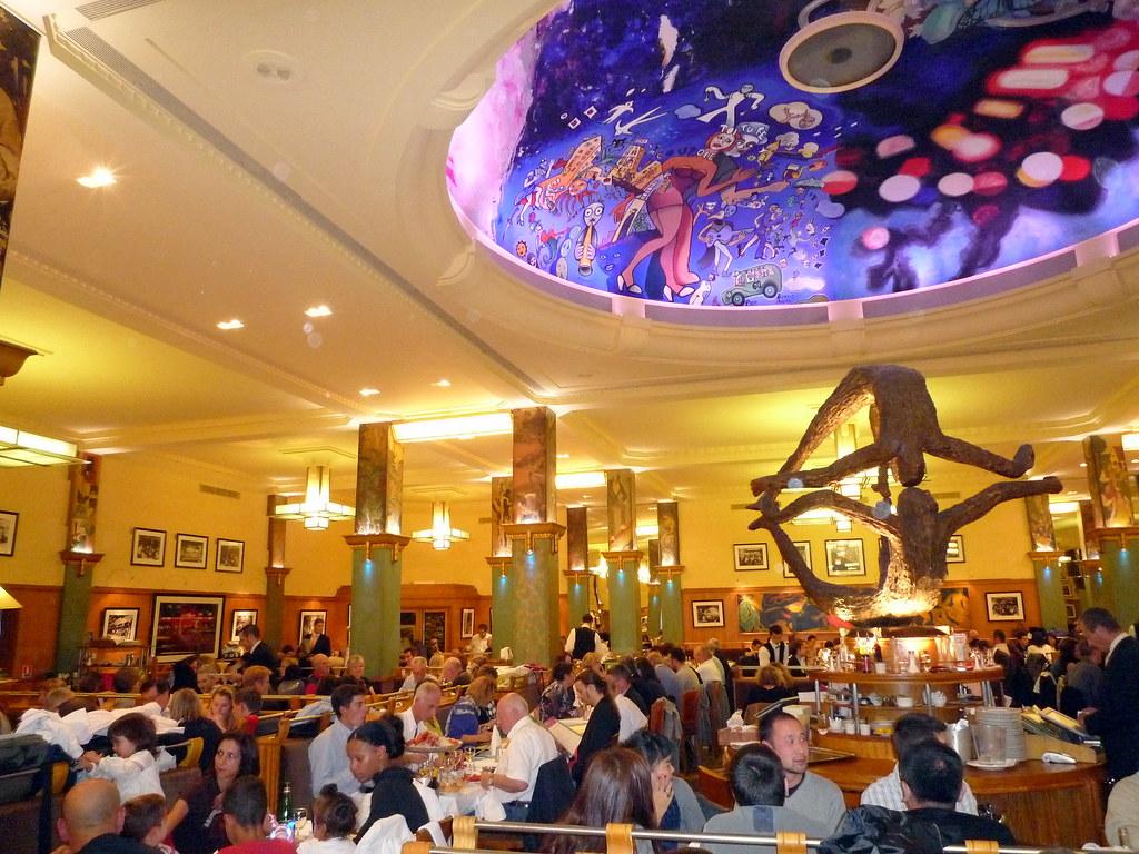 Restaurant La Coupole  Une partie de la lgende de Montparn  Flickr