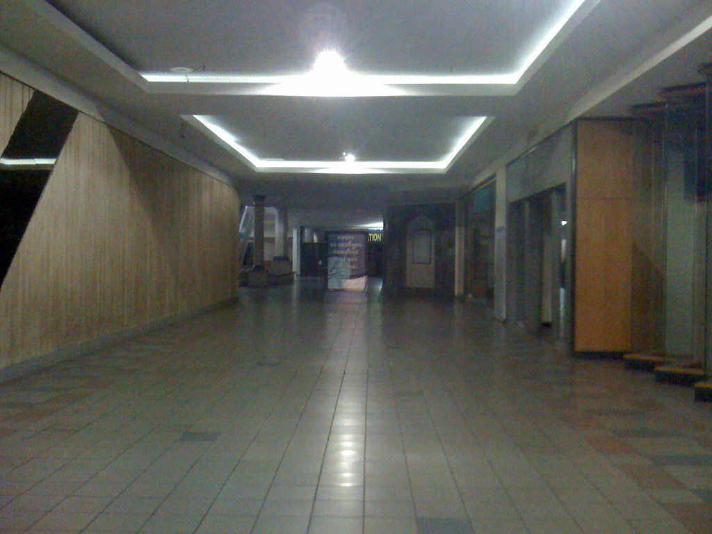 Mall Corridor Century Plaza 1 This Photo Works As A