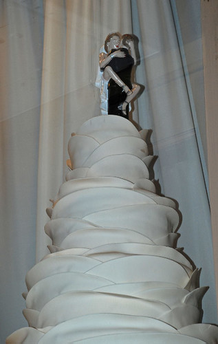 naughty wedding cake  window of Frank Bridal Consultant