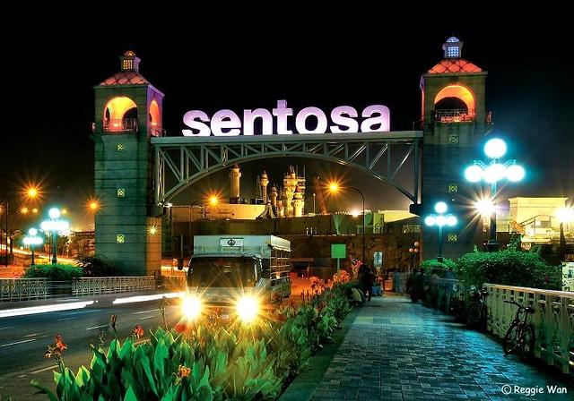 Island 3d Wallpaper Gateway To Sentosa Resort Island Singapore A Night