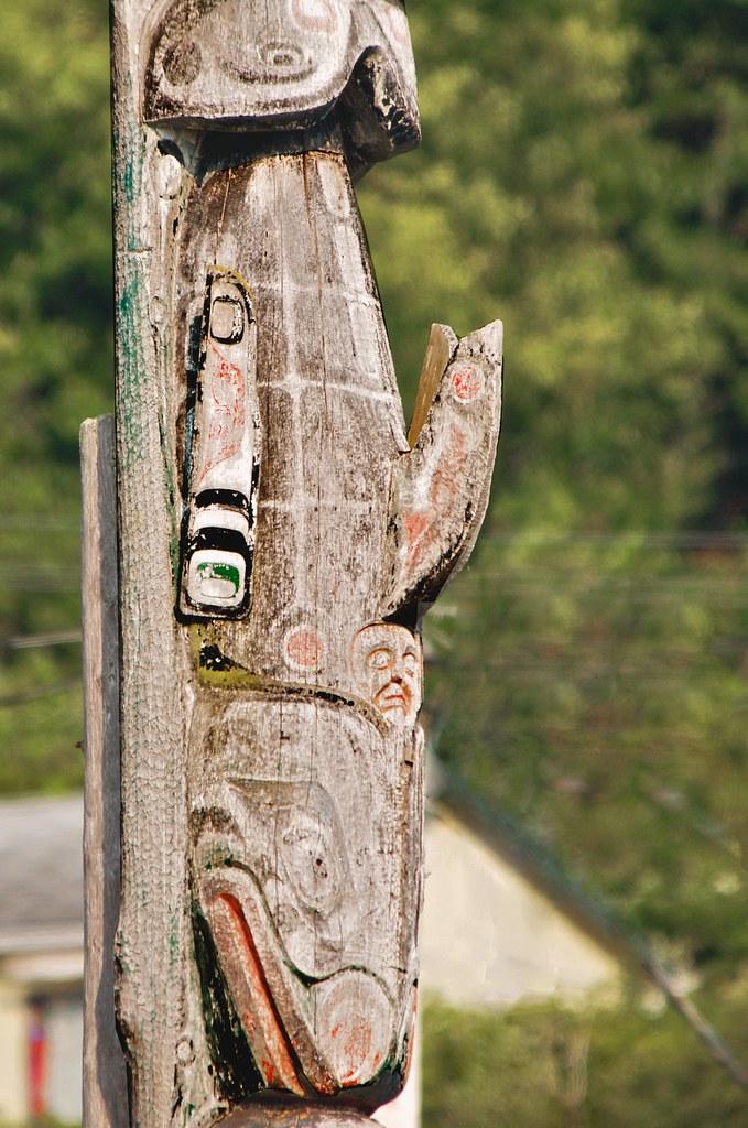 Detail  Funerary Totem Pole Alert Bay BC  OK after a de  Flickr