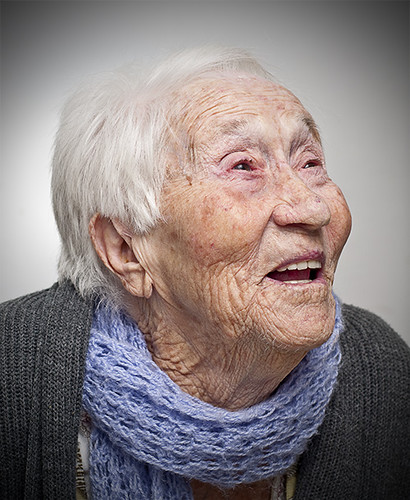 Dna Maria  Elderly portrait  English This is a project