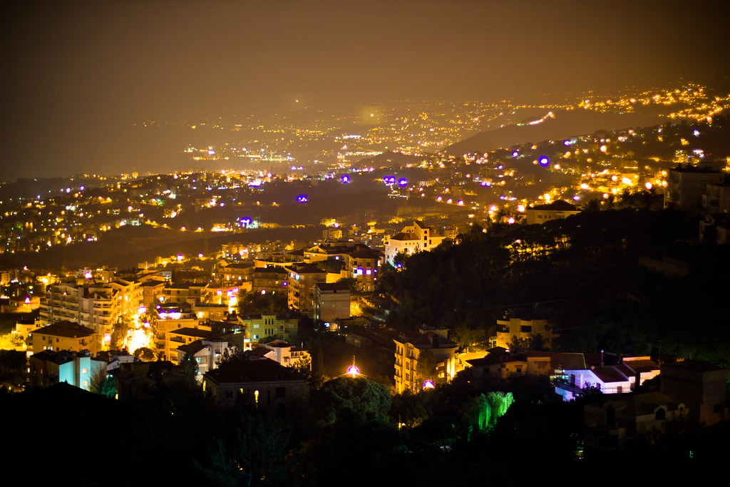 3d Street Wallpaper Beirut At Night Looking Down At The Capital City From