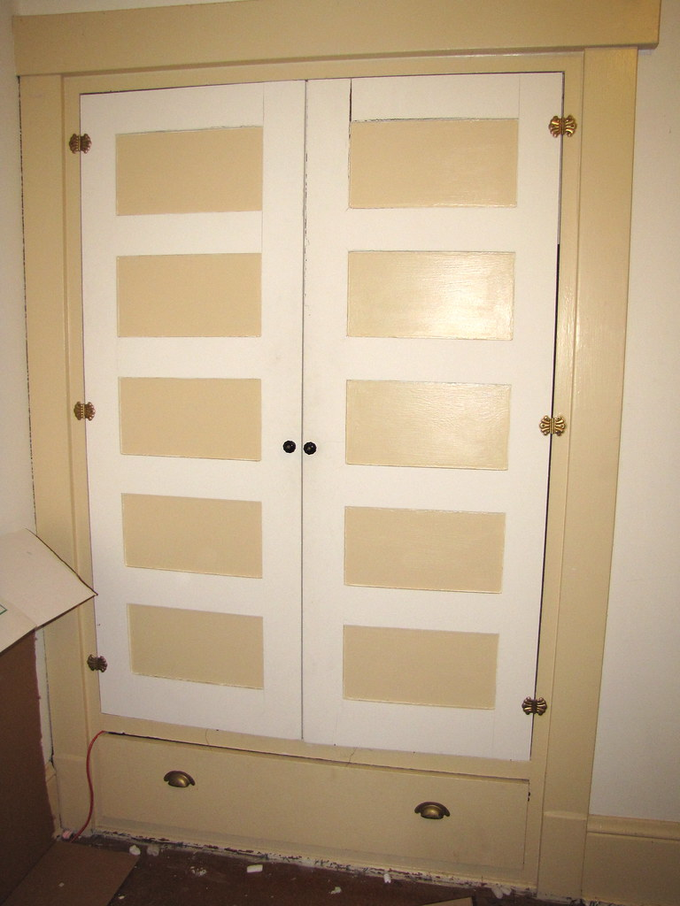 Built in wardrobe in bedroom  We are currently emptying