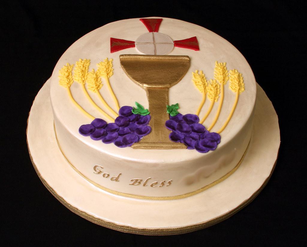First Communion Cake My Oldest Munchkin Is Having Her Fir Flickr