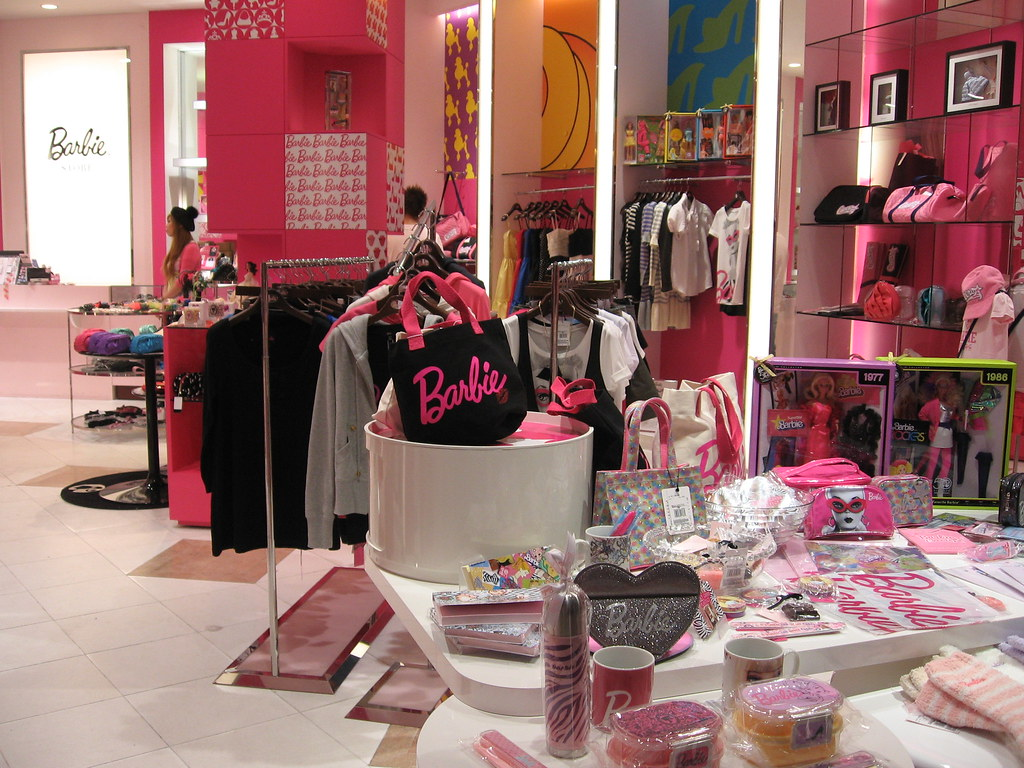 Girl Wallpaper The Barbie Store At Venus Fort Tokyo Musebreakz Flickr
