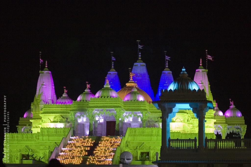 Diwali Celebration at the BAPS Shri Swaminarayan Mandir 20