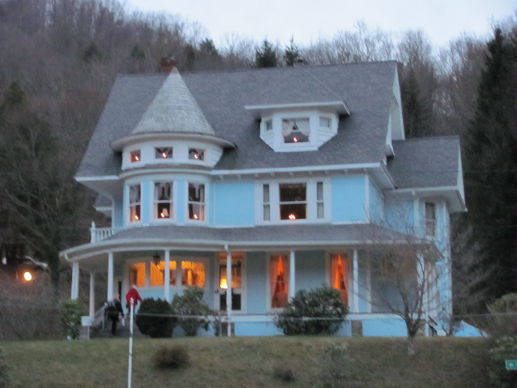 Bramwell WV 2009 Christmas Tour  This beautiful Victorian E  Flickr