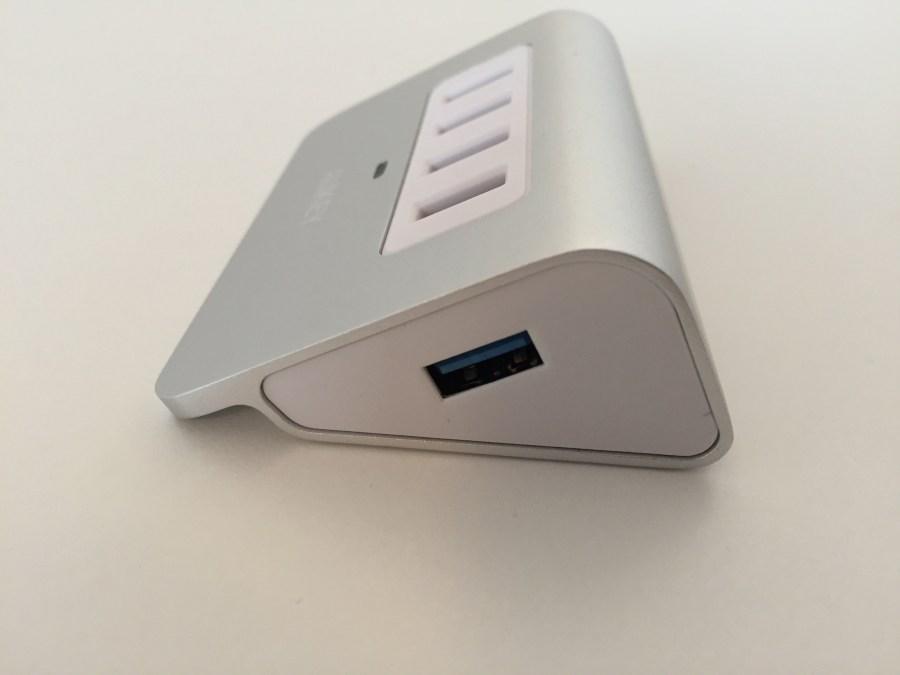20170125 AUKEY Hub USB x 4 00004 hub côté droit