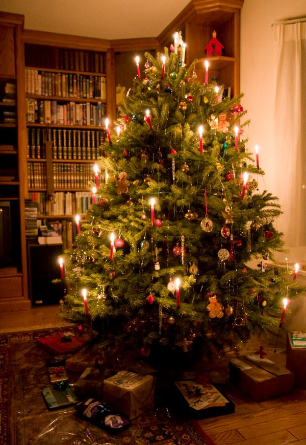 Christmas Tree Candles 2009 It39s a Swiss tradition to