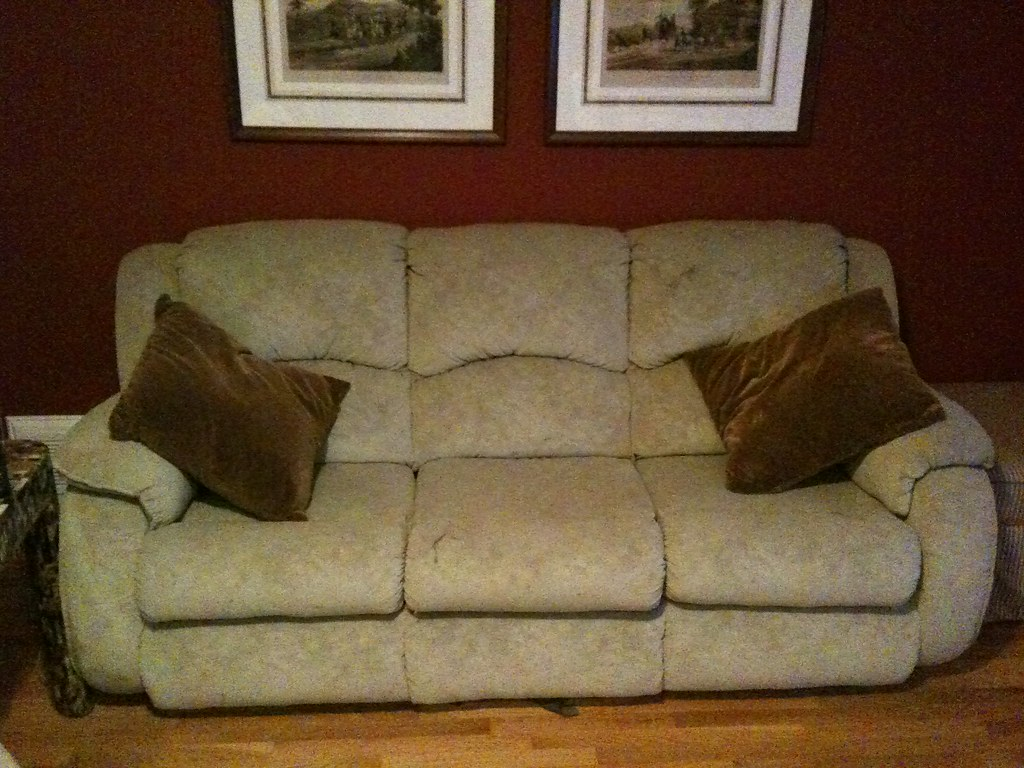 rooms to go sleeper chair decorative chairs cheap sofa and recliner loveseat purchased