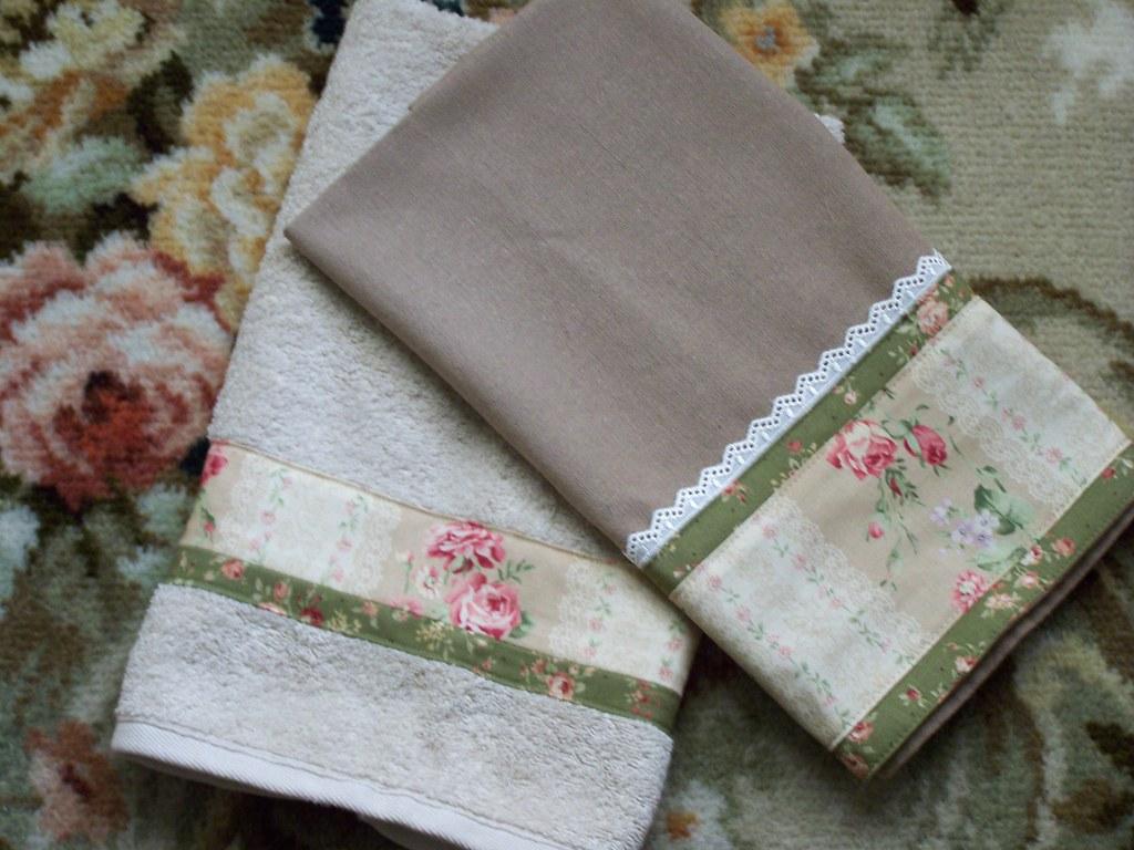 Decorative Roses on kitchen towels  Decorative Rose
