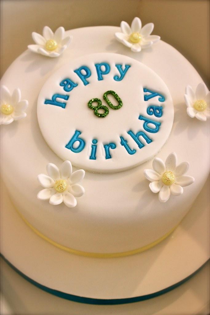 80th Birthday Cake With Daisies Vanilla Sponge Cake