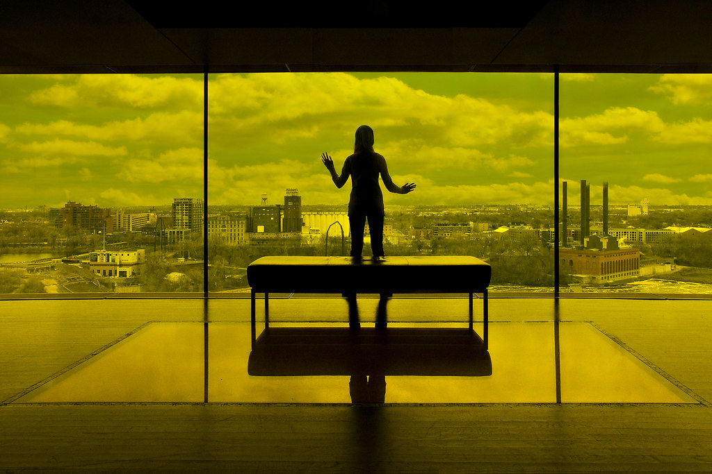 Looking Glass Falls Wallpaper Guthrie Theater Yellow Room Minneapolis Guthrie Theater