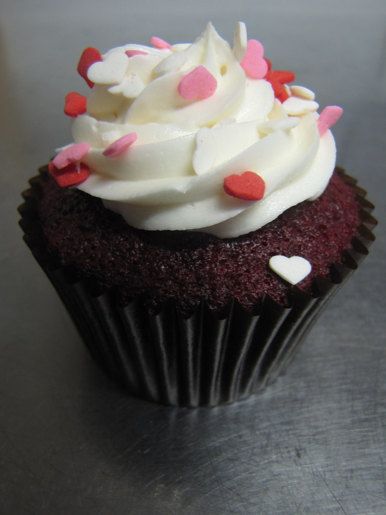 CranRaspberry Cupcake  Special Valentines Day flavour
