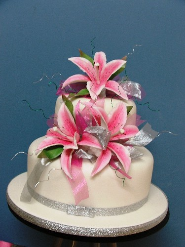 Wedding Cakes Lily White 2 tier small  Merivale cakes