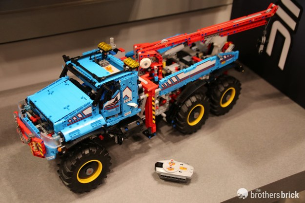 Summer 2017 LEGO Technic sets unveiled at Toy Fair New York 2017 ...