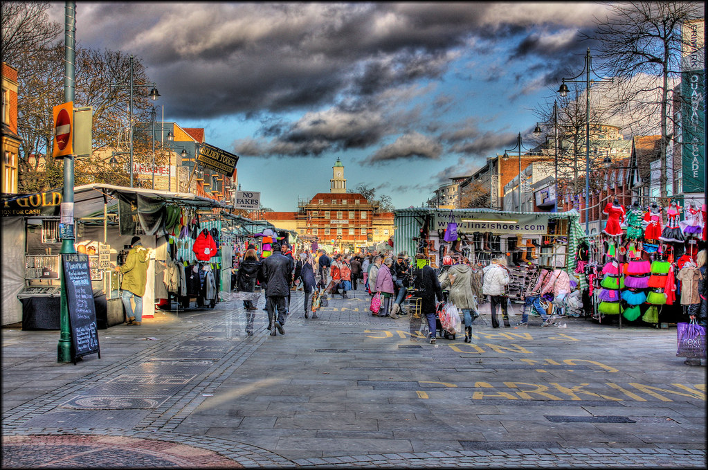 Romford Market  Handheld HDR  Taken hand held so not
