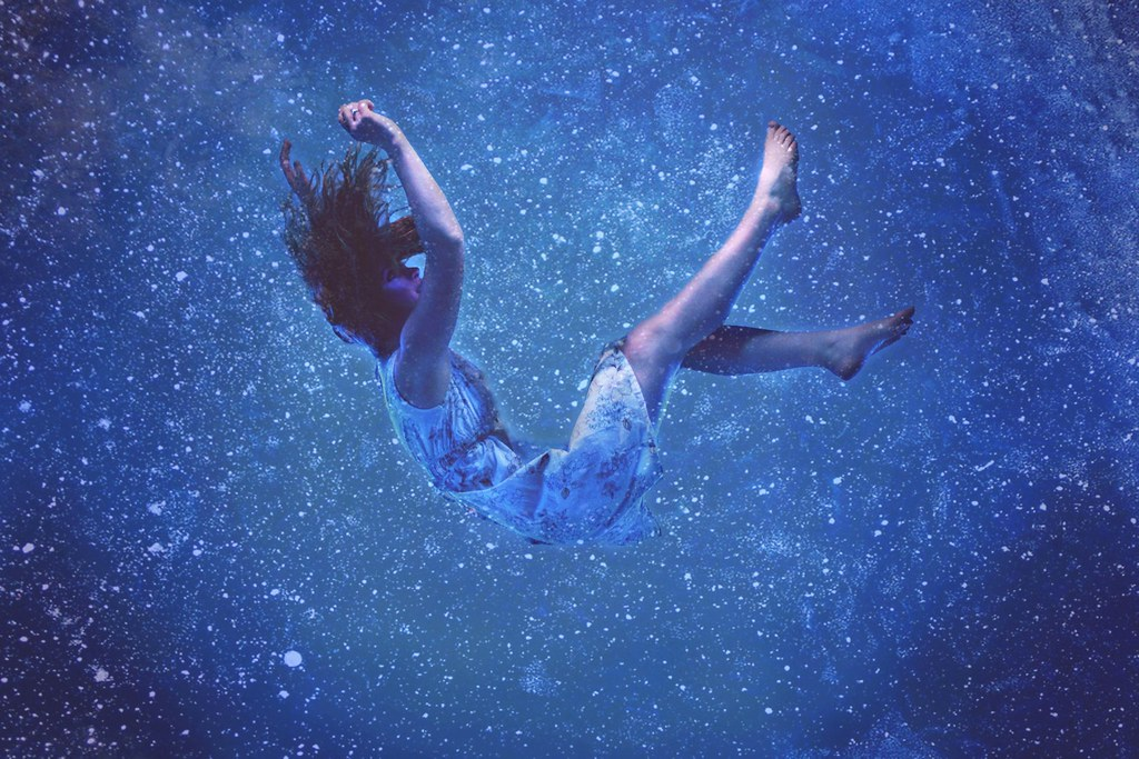 Falling Water House Wallpaper Drown We Have Loved The Stars Too Deeply To Ever Truly