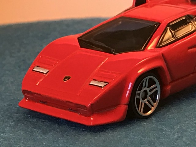 Hot Wheels Lamborghini Countach 2017 Tooned 6 10