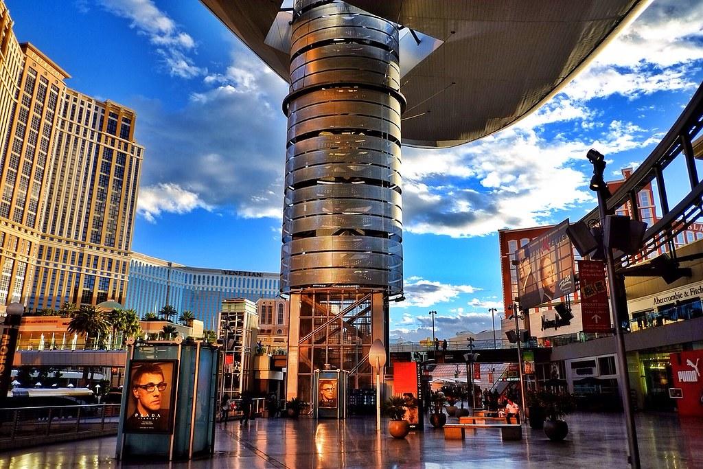 12472451953 9ab20d493f b Fashion Show Mall Las Vegas