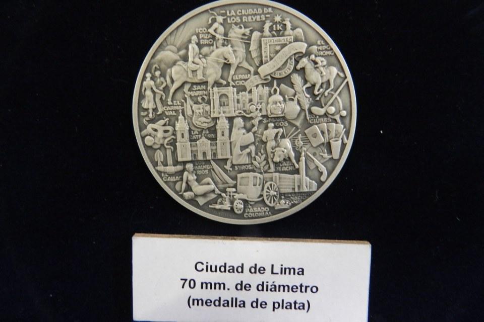Peru Lima Medalla de plata ciudad de Lima Museo Banco Central de la Reserva del Perú 61