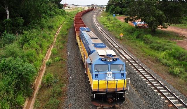 Neutralização de carbono: Alcoa planta 10 mil mudas em comunidade de Juruti, Ferrovia - Alcoa - Juruti