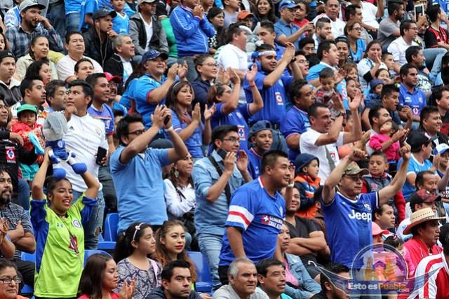 La Afición y Belleza Poblana, Club Puebla Vs Cruz Azul, J14 C2017, Liga Mx