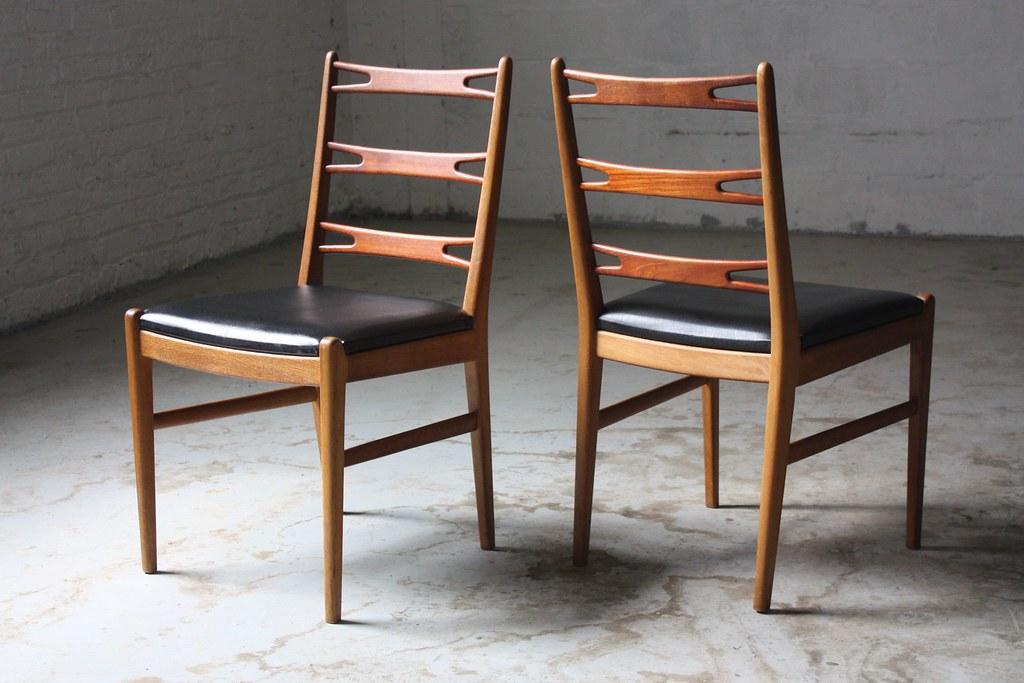 Superb Danish Mid Century Modern Teak Sculpted Ladder Back