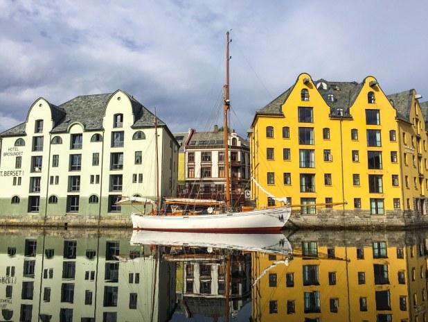Canal de Alesund