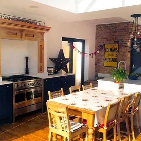 dexter kitchen rustic valances from leigh on sea shows us his newly fitted innova flickr bedale bespoke