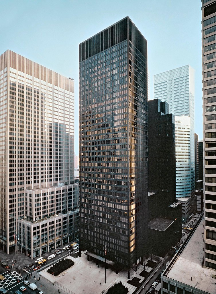 Ludwig Mies van der Rohe and Philip Johnson Seagram Build