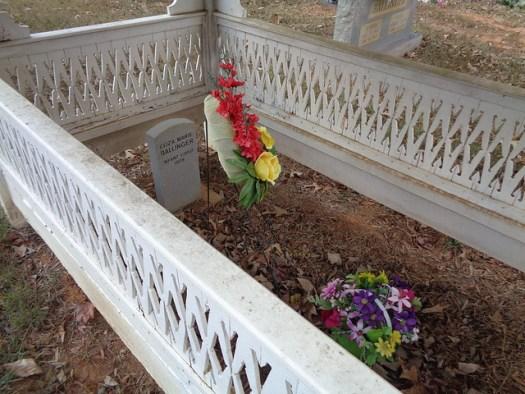 Graveshelter, Ballinger Cemetery, Morgan County AL