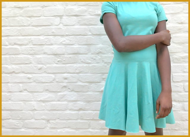 chat chocolat - spin dress 1