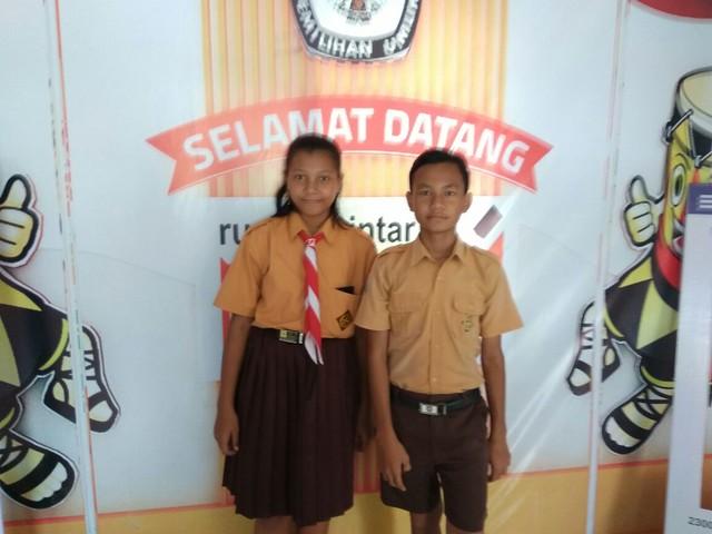 2 siswa SD kelas 6 tengah mengunjungi RPP Reyog Kendhang (2/4)