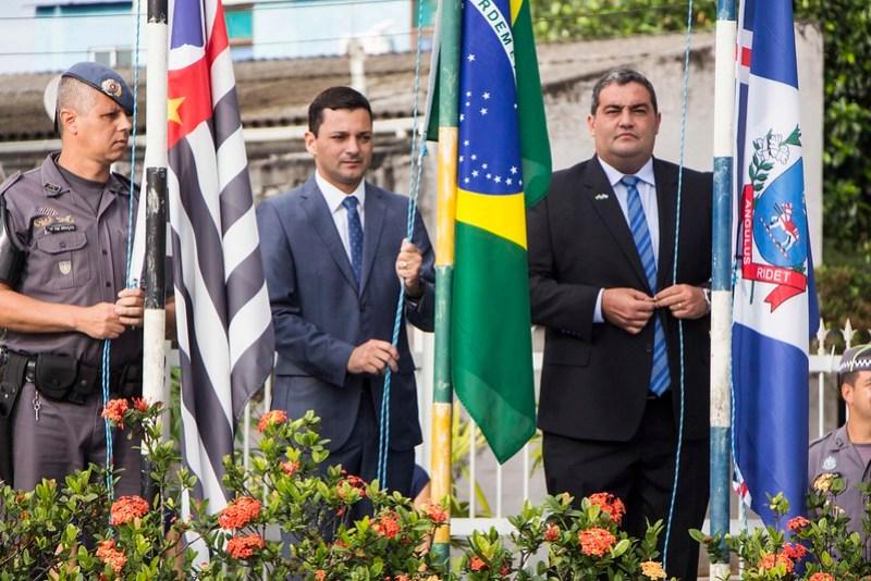 Com o tema 'Itanhaém, Pátria Amada': desfile cívico marca comemoração dos 485 anos